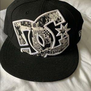 dc shoe co usa • black 59fifty hat